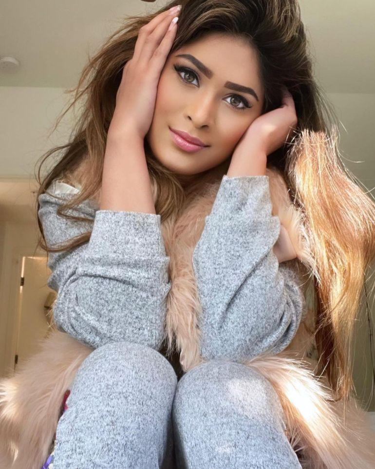Anarkali Akarsha Wiki, Age, Biography, Movies, and +21 Gorgeous Photos 107