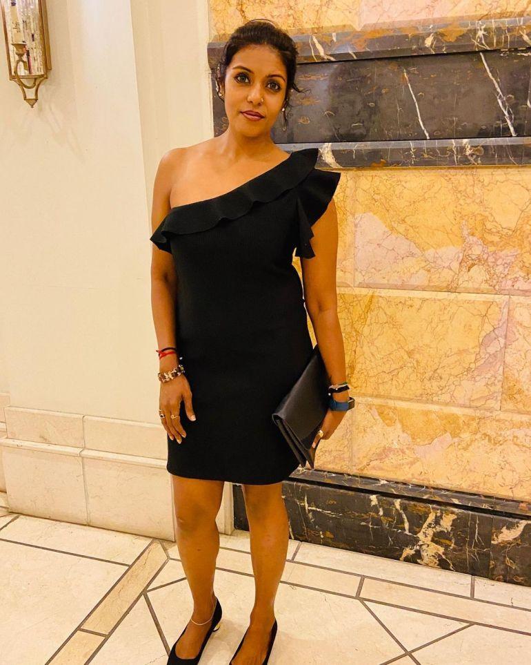 Sandhya Manoj (Malayalam Big Boss Contestant) Wiki, Age, Biography, and Beautiful Photos 112