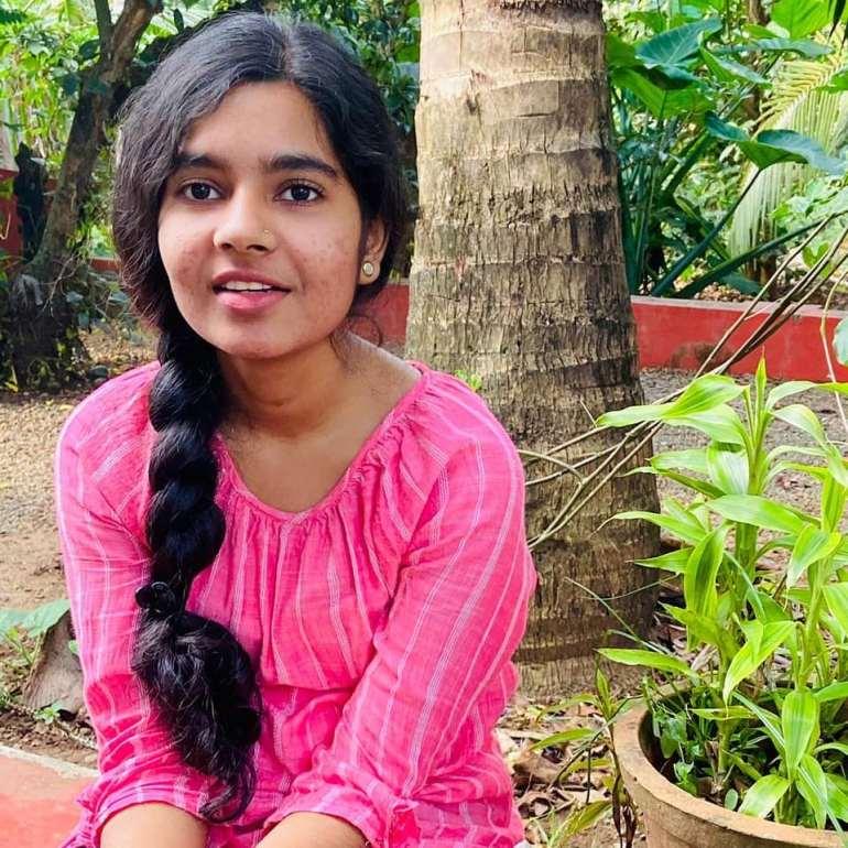 Lakshmi Unnikrishnan (Chakkapazham fame) Wiki, Age, Biography, Movies, and Beautiful Photos 109