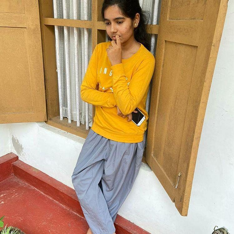 Lakshmi Unnikrishnan (Chakkapazham fame) Wiki, Age, Biography, Movies, and Beautiful Photos 115