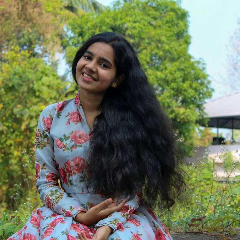 Lakshmi Unnikrishnan (Chakkapazham fame) Wiki, Age, Biography, Movies, and Beautiful Photos 117