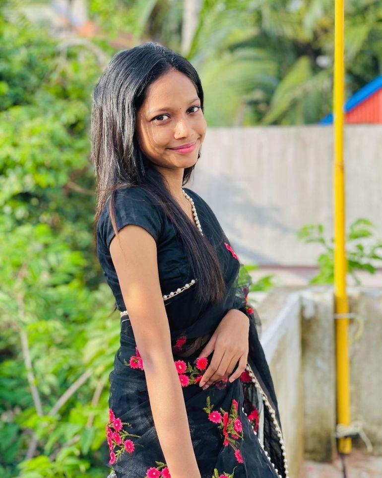 Amritha Shaji Wiki, Age, Biography, Net worth, and Beautiful Photos 99