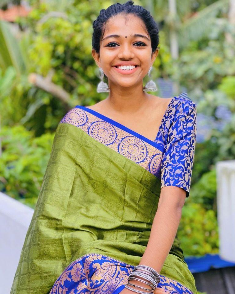 Amala Shaji Wiki, Age, Biography, Net worth, and Beautiful Photos 103
