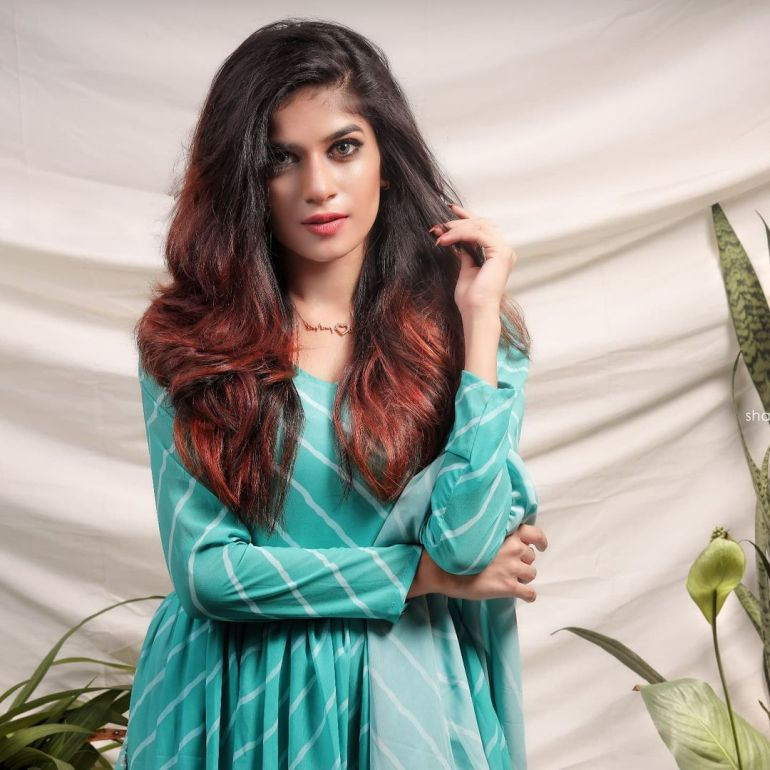 Angel Roshna Wiki, Age, Biography, Net worth, and Beautiful Photos 108