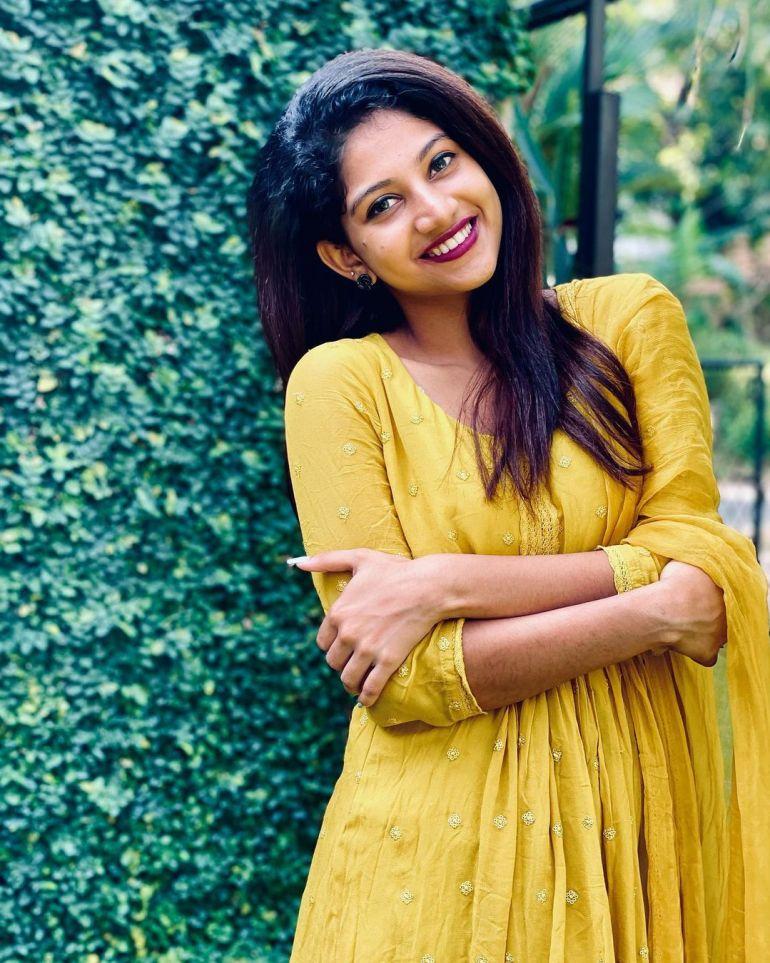 Ann Sindhu Johny Wiki, Age, Biography, Net worth, and 24+ Beautiful Photos 100