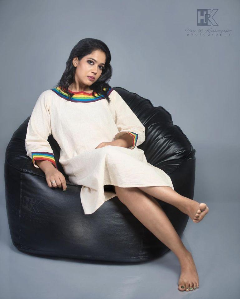 Athira Madhav Wiki, Age, Biography, Net worth, and 21 + Beautiful Photos 113
