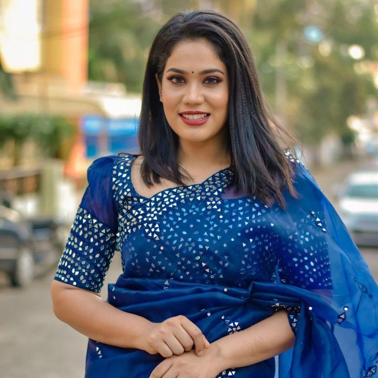 Athira Madhav Wiki, Age, Biography, Net worth, and 21 + Beautiful Photos 99