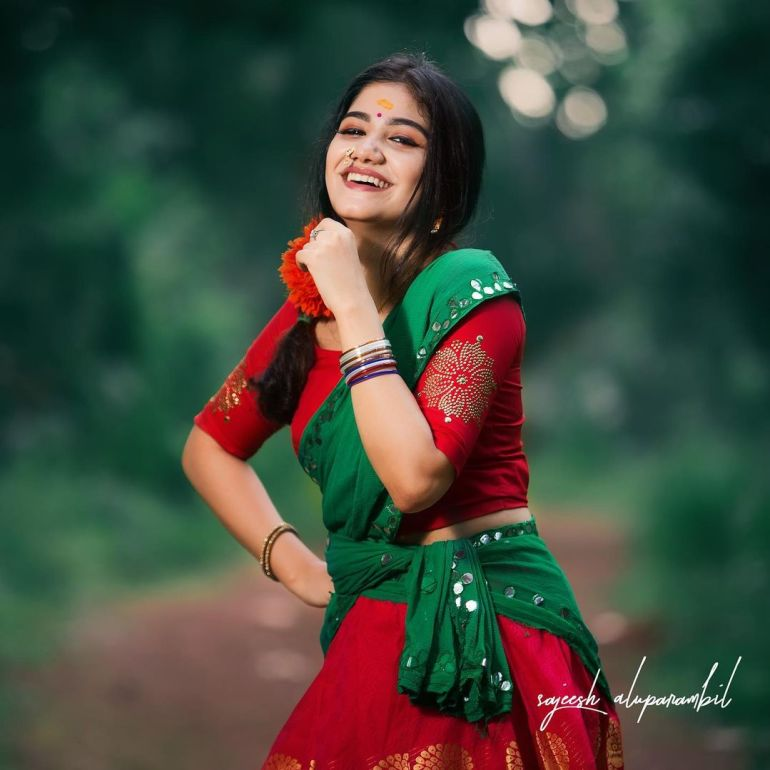 Jasnya Jayadeesh Wiki, Age, Biography, Net worth, and 18 + Beautiful Photos 103