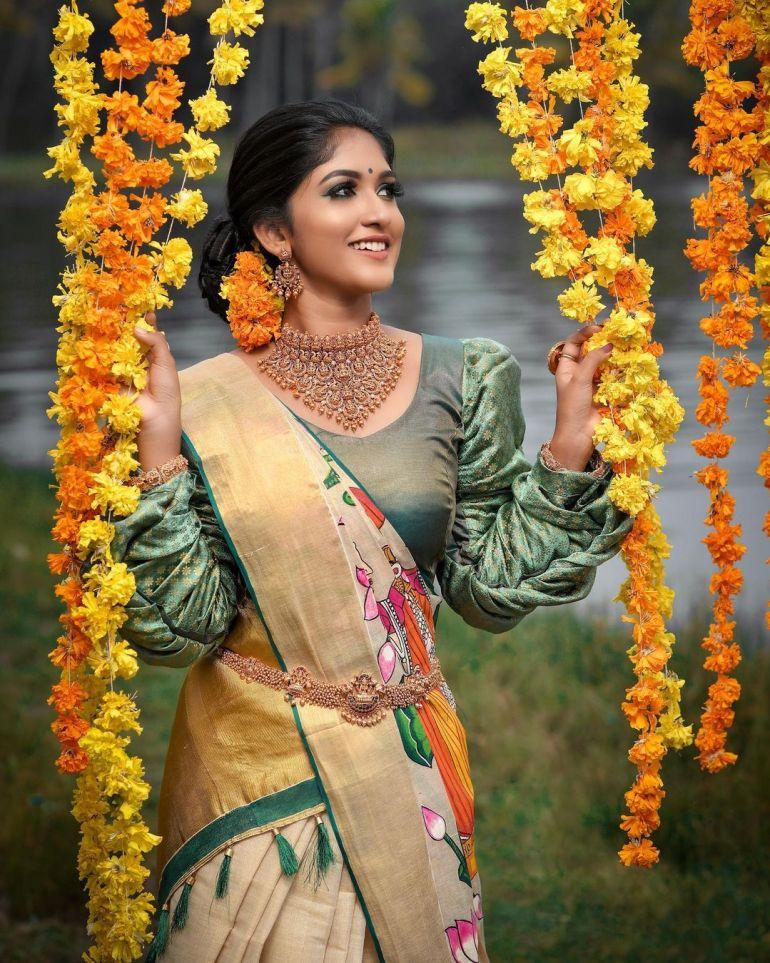 Kalyani Anil Wiki, Age, Biography, Net worth, and 21 + Beautiful Photos 117