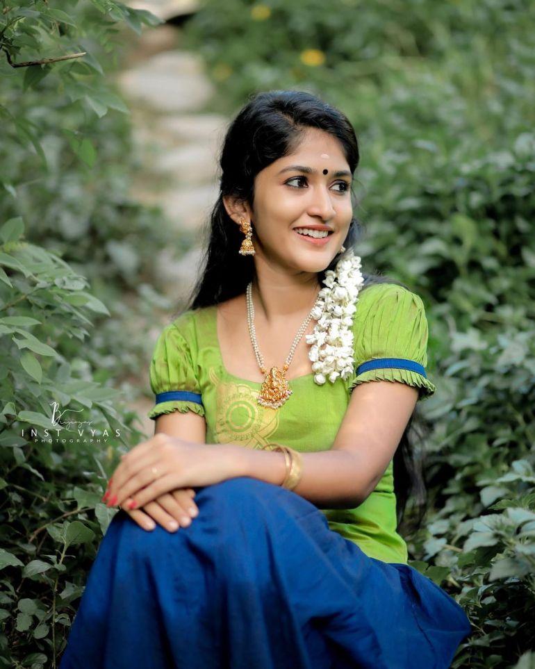Kalyani Anil Wiki, Age, Biography, Net worth, and 21 + Beautiful Photos 106