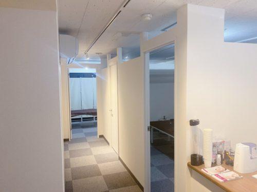 さっぽろ美容クリニックの大通院の院内の廊下
