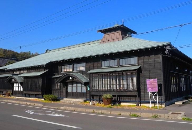 ニシン全盛時代の栄華を今に伝える小樽市祝津の旧・白鳥永作番屋