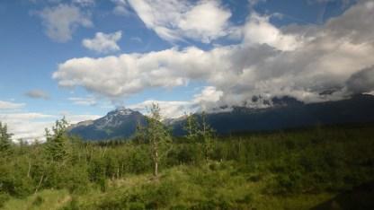 アラスカ鉄道の車窓より