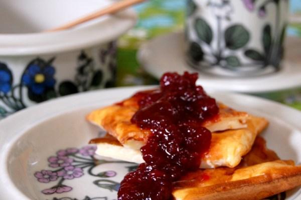 オーブンで焼くフィンランドのもっちりパンケーキ Pannukakku