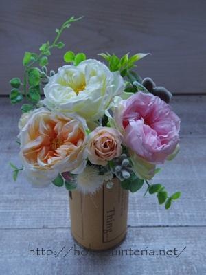ピンク造花のアレンジメントのやリ方