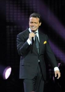 Luis Miguel enamora a Miami en concierto