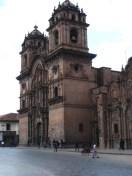 An der Kirche vorbei...