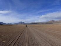 Wellblech, Sand & Sonne - aber kein Wasser weit und breit