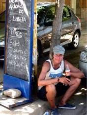 Siesta aber Durst? ...manchmal hat man Glück und findet einen geöffneten 'Kiosko'
