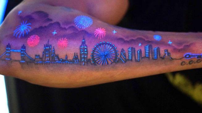 tatuaje-con-colores-brillantes