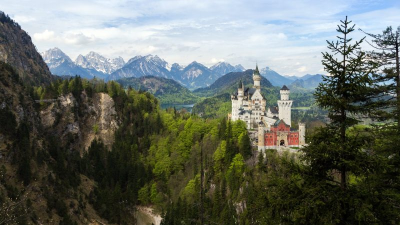 Neuschwanstein by drag0n_t00thless