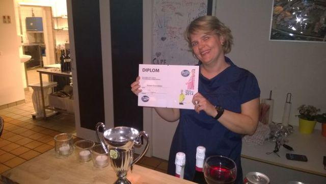 Kasper Enevoldsen var desværre ikke til stede, så formand Karina Karl modtog hæderen på Kaspers vegne :-)