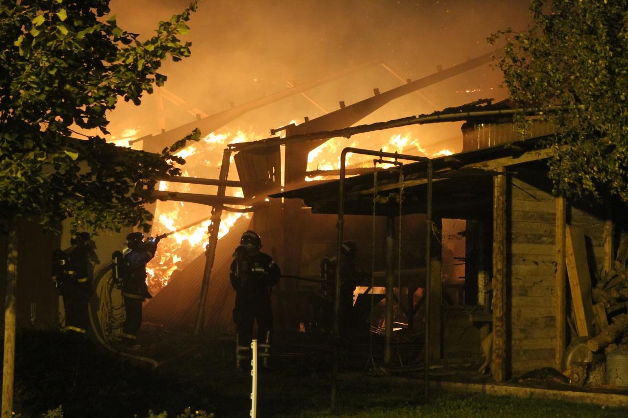 Brandvæsnet i Tølløse hjalp til ved gårdbrand i Torkilstrup