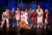 """This is Christmas"" på Holbæk Teater. Foto: Mie Neel"