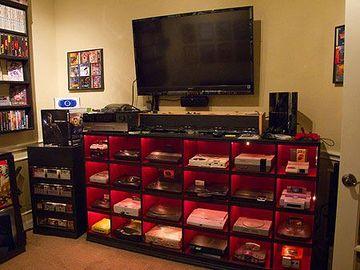 gaming room, game room, consoles rétro, consoles rétrogaming, nes, super nintendo, megadrive, playstation 1, gamecube, jeux rétro, jeux rétrogaming, jeux nes, jeux megadrive, jeux super nintendo