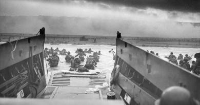 Függőleges, négy betű: D-Day