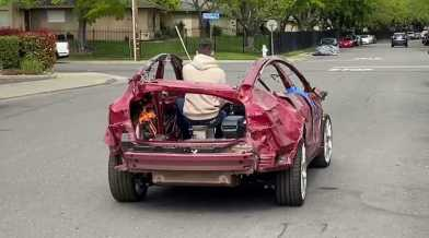 Bíróság mondta ki - a Tesla Model 3 egy kurva szar autó