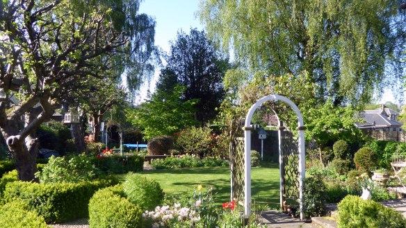 Mossgrove garden 14 May 2016 (2)