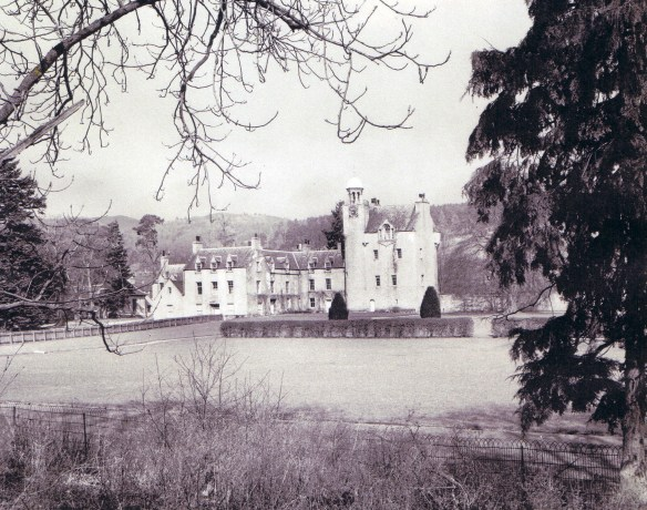 abergeldie-castle-the-home-of-the-prince-of-wales
