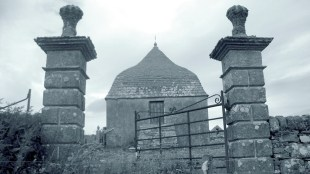 Sinclair Mausoleum, Ulbster (2)