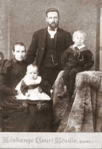 Alexander & Agnes (McCaw) Currie with two sons - Copy