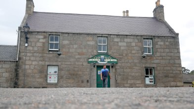 Peter Gordon stays at the Aberdeen Arms, Tarland - end of May 2021 (3)