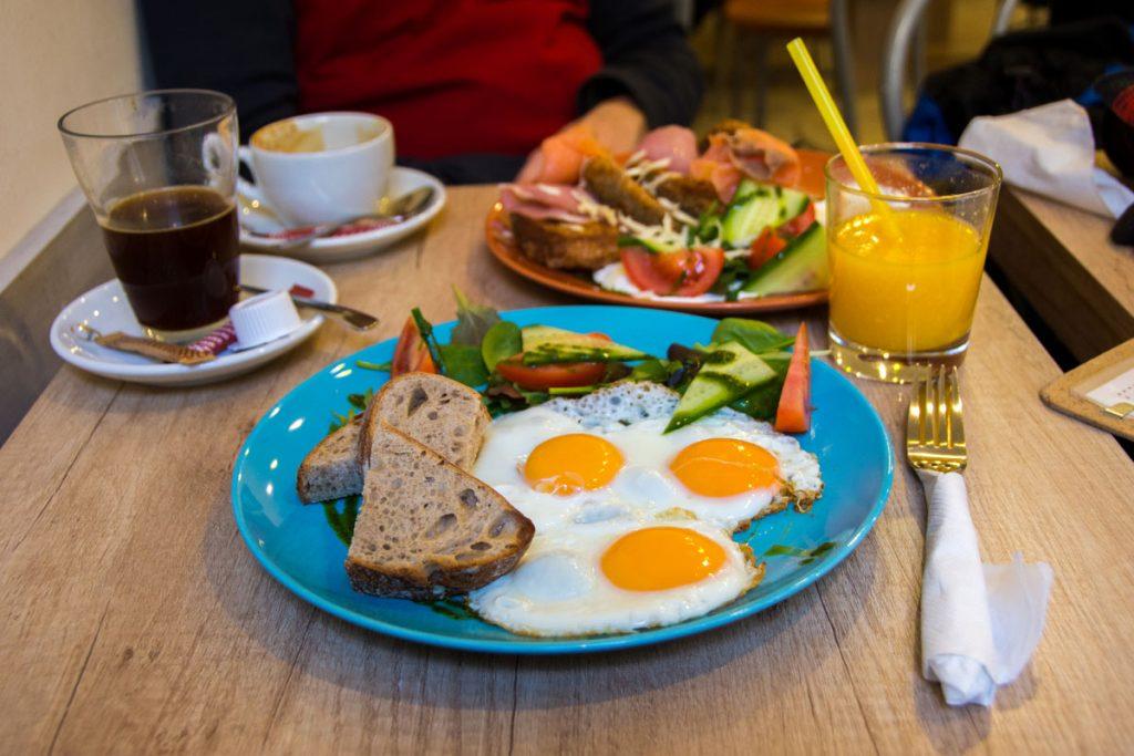 Cafe Budapest breakfast