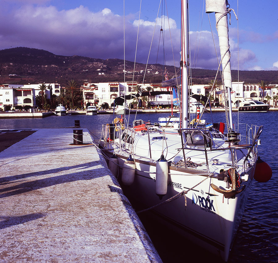 learn to sail in Gibraltar: