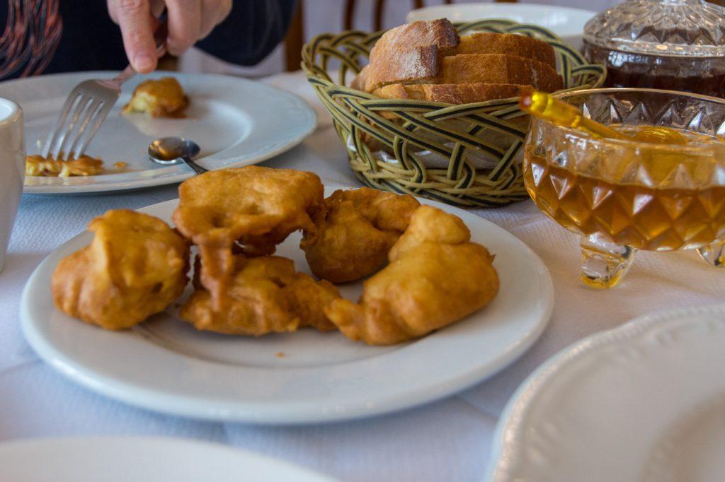 hotel breakfast hotel gjirokaster