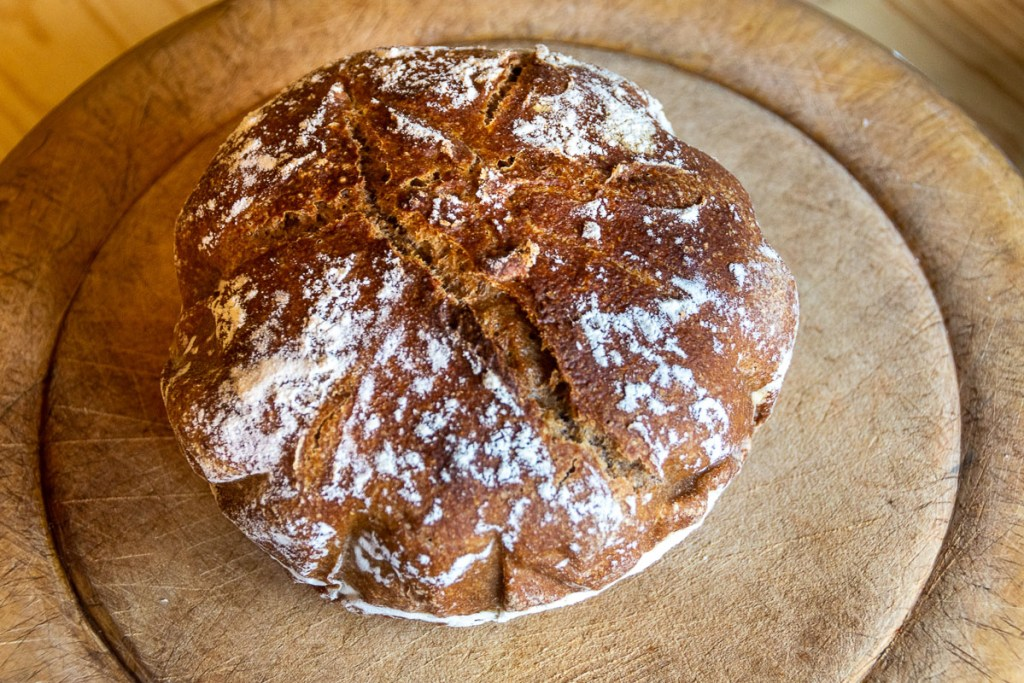 sourdough bread for non-bakers - the baked loaf