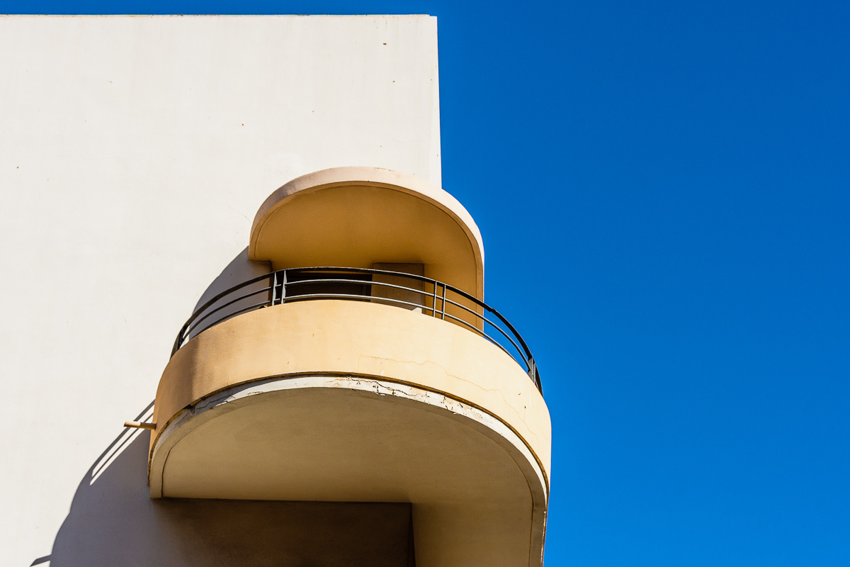 Tel Aviv Bauhaus Architecture walk – a perfect walk for Sabbath