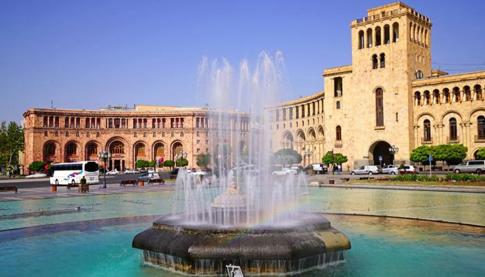Armenia-Republic-Square-Tour