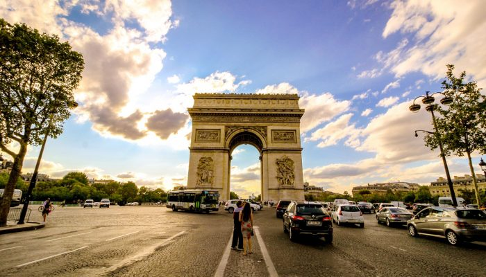 1-Darwish-Holidays-Swiss-Paris-Delight-Arc-De-Triomphe