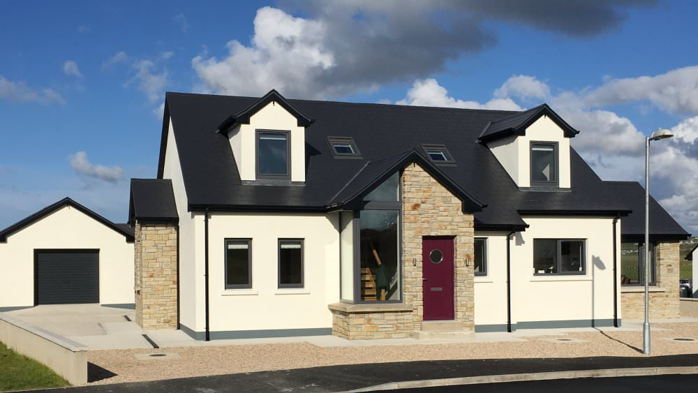 15 Rinn na Mara Dunfanaghy - located beside golf course