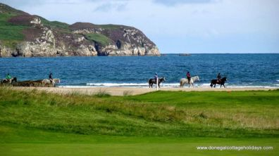 15 Rinn na Mara Dunfanaghy - pony trekking on the beach