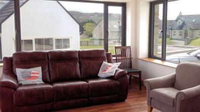 15 Rinn na Mara Dunfanaghy - view of living room