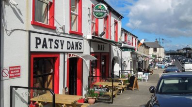 Patsy Dan's pub along Main Street in Dunfanaghy