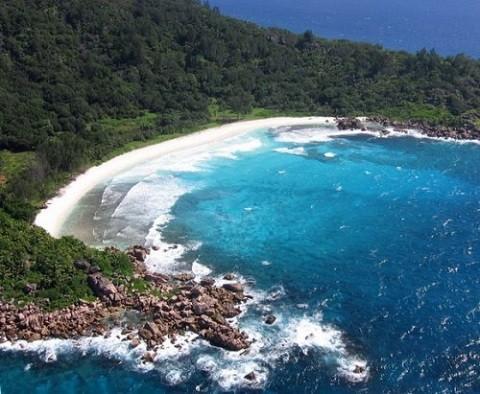 отдых на Сейшельских островах, остров Ла Диг - пляж Ансе Кокос