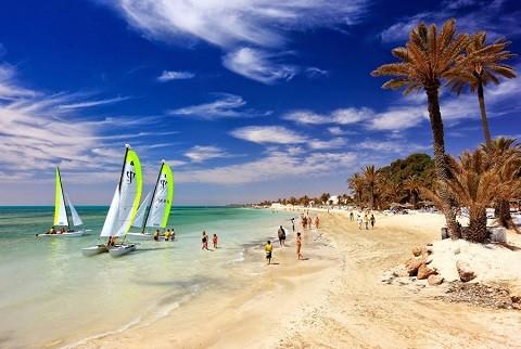 Отдых на Джербе, Тунис - на Джербе множество водных видов спорта