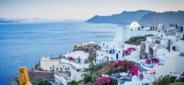 Топ 10 лучших островов для отдыха-Остров Санторини, Греция